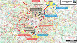 A map of transport restrictions in and around Paris on Monday morning