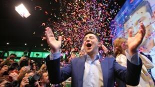 Владимир Зеленский после оглашения победных для него результатов экзит-пола 21 апреля 2019