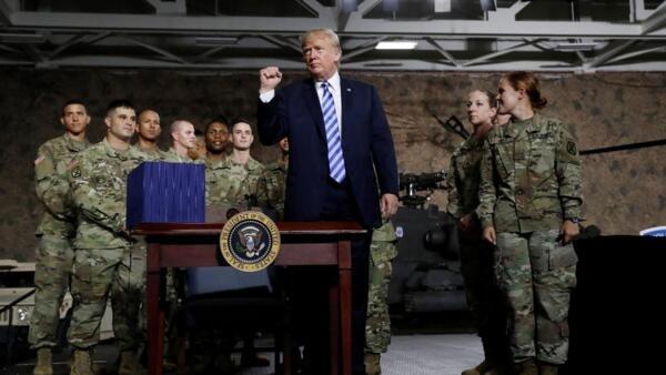 Donald Trump declarou a vitória sobre o Estado Islâmico na Síria, e ordenou regresso das tropas