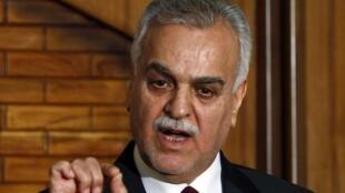 O vice-presidente fugitivo do Iraque, Tareq al-Hashemi, em foto de arquivo de 2011.