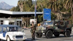 Em Menton, no sul da França, a fronteira com a Itália fica a apenas 3km de distância.