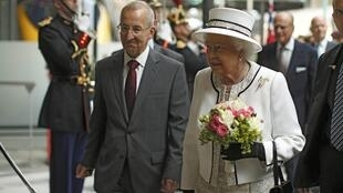 Queen Elizabeth arrives at the Gare du Nord train station in Paris