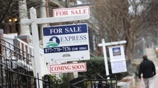 Bảng rao bán nhà ở Washington. Ảnh tư liệu ngày  24/01/2010.