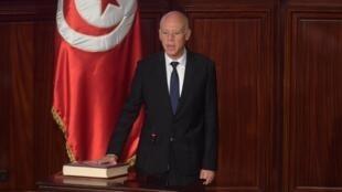 Le nouveau président tunisien Kaïs Saïed prête serment, le 23 octobre 2019 à Tunis.