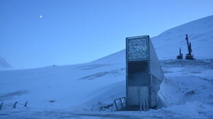 L'entrée à flanc de montagne de la Réserve mondiale de graines du Svalbard.