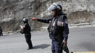 Policiers mexicains, en septembre 2015.