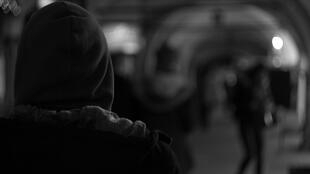 Правозащитники отмечают, что для человека, страдающего психическими расстройствами, попадание в интернат практически всегда равно «гражданской смерти»