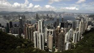 Giá nhà đất tăng vì Hồng Kông là một trong những nơi có mật độ dân cư rất cao.