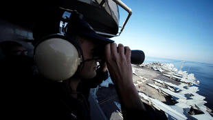 Aмериканский военный на авианосце «Джон К. Стеннис» в Ормузском проливе. Декабрь 2018 г.