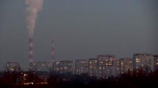 La capitale de la Pologne, Varsovie, recouverte d'une épaisse couche de smog.