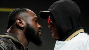 L'Américain et champion du monde WBC des poids lourd Deontay Wilder face au Britannique Tyson Fury, en conférence de presse le 19 février 2020.