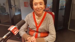 A psicanalista Malvine Zalcberg nos estúdios da RFI em Paris.