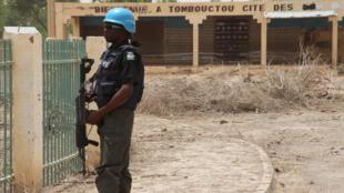 Un casque bleu de la Minusma à Tombouctou, dans le nord du Mali (image d'illustration).