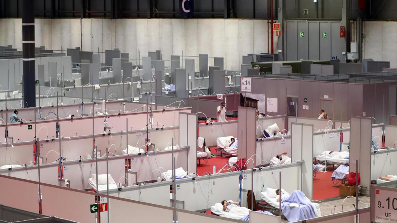 Toàn cảnh của một bệnh viện tạm thời dành cho bệnh nhân Covid-19 bên trong trung tâm hội nghị IFema ở Madrid (Tây Ban Nha), ngày 02/04/2020.