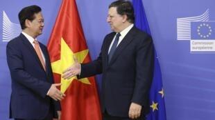 Thủ tướng Việt Nam và Chủ tịch ủy ban Châu Âu tại Bruxelles. Ảnh ngày 13/10/2014.