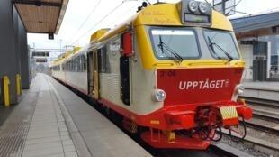 Un train Transdev à Uppsala, en Suède.