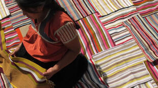 Práctica cotidiana y enseñanza transmitida entre generaciones, el tejido es insignia del capital cultural de Chiapas.