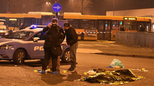 Italian police surround the body of Berlin attacker Anis Amri killed in a shootout in Milian Friday ... now Tunisian police arrest his nephew