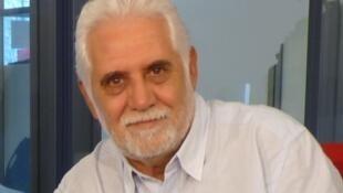 Alejandro Legaspi en los estudios de RFI