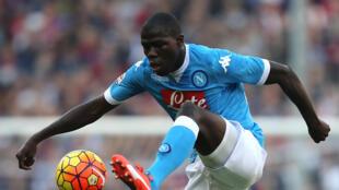 Le Sénégalais Kalidou Koulibaly sous le maillot de Naples.