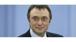 Суд снял с Сулеймана Керимова обвинения в отмывании денег. Но делом об уклонении от уплаты налогов может заняться французский Минфин