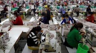 Une usine textile dans la province de Kandal, au Cambodge, le 12 décembre 2018.