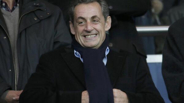 Ex-presidente Nicolas Sarkozy, logo depois da vitória para dirigir o partido de direita UMP.