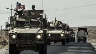 Un convoi militaire américain photographié en 2017 entre Kobané et Aïn Issa, dans le nord de la Syrie.