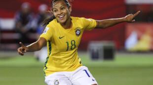 Raquel Fernandes apontou o único golo do Brasil frente à Costa Rica, num jogo a contar para a terceira jornada do Grupo E do Mundial Feminino, que decorre no Canadá.