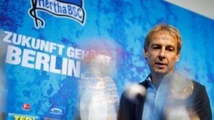 Le désormais ex-coach du Herta Berlin Jürgen Klinsmann, lors d'une conférence de presse le 27 novembre 2019.