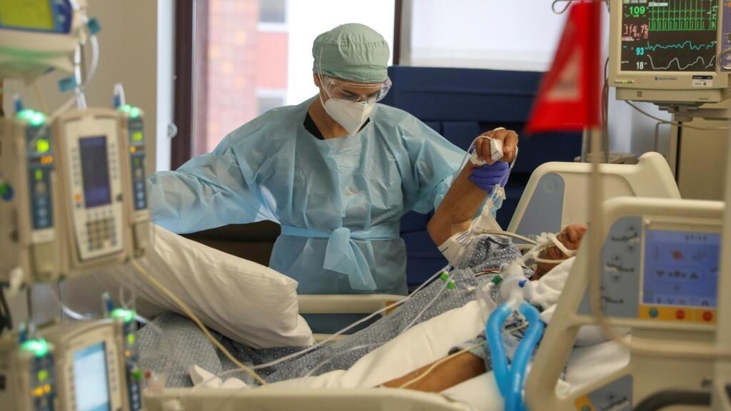 Covid-19: niveau record des hospitalisations dans certains États américains