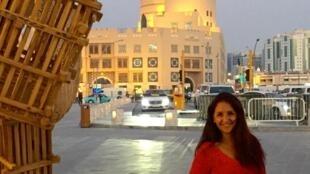 A brasileira Leila Martinez, trabalha como guia turística e aposta no Mundial de 2022, e no turismo cada vez maior no país, para quebrar o preconceito que existe de parte das pessoas com os muçulmanos.