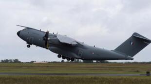 À cause des déboires de l'A400M, Airbus avait dû l'an dernier renflouer sa branche Défense et Espace à hauteur de 1,2 milliard d'euros.