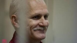 Алесь Беляцкий на суде