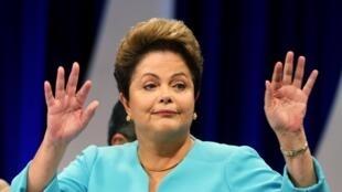 Un débat musclé a opposé Dilma Rousseff et son opposant de centre droit, Aecio Neves, à quelques jours du second tour de l'élection présidentielle brésilienne