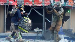 Violência durante manifestações em Santiago do Chile, nos últimos dias.