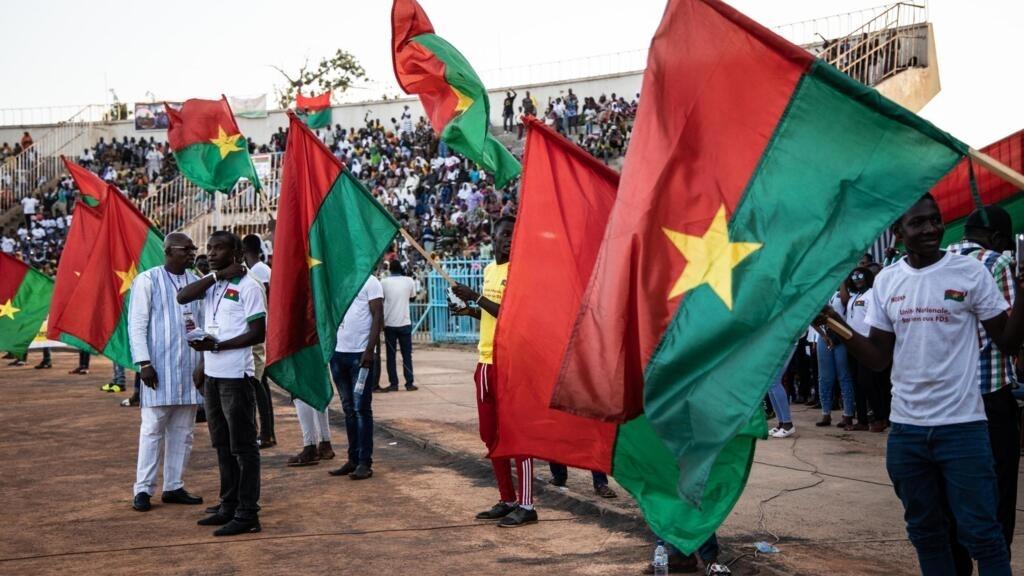 Rassemblement au stade Joseph Issoufou Conombo, à Ouagadougou, en soutient aux forces de défense et de sécruité en lutte contre le terrorisme, le 26 octobre 2019.