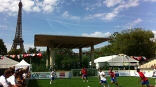 A Copa do Mundo de futebol dos Sem-teto começou neste domingo, 21/08/2011, em Paris.