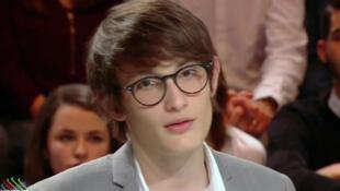 Aurélien Enthoven, filho de Carla Bruni e de Raphael Enthoven: vítima de ataques antissemitas.