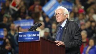 Bernie Sanders durante un acto de campaña en Safeco Field, Seattle, el pasado 25 de marzo de 2016.