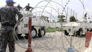 UN forces guard the UN HQ in Abidjan