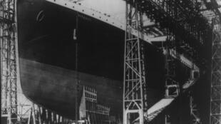 Титаник на стапеле перед выходом в Ривер Лаган 31/05/1911 (архив)
