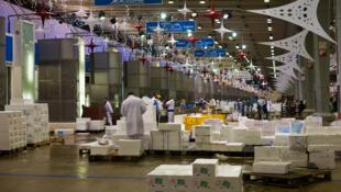 Оптовый рынок в Ранжисе перед Рождеством