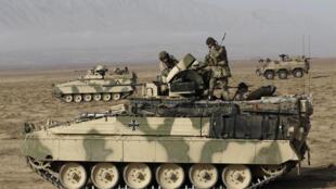 Моторизованный батальон германского бундесвера в Кундузе на севере Афганистана 16/12/2010