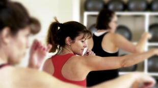 Hasta el 70% del gasto calórico en la menopausia se logra con la ayuda de la masa muscular y ejercicio físico regular.