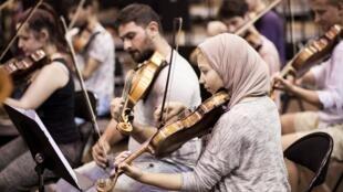 Session symphonique de l'Orchestre des Jeunes de la Méditerrannée lors du festival d'Aix-en-Provence de 2016.