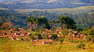 Typical Bandundu savanna village