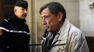 Leonide Kameneff arrives at the Paris' court on 5 March, 2013