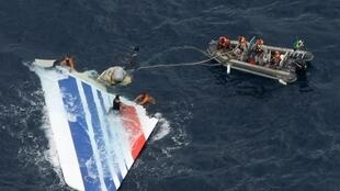 The Brazilian Navy salvage a piece of debris from Air France flight AF447 out of the Atlantic Ocean in 2009