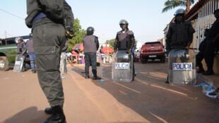 Polícias Guiné-Bissau